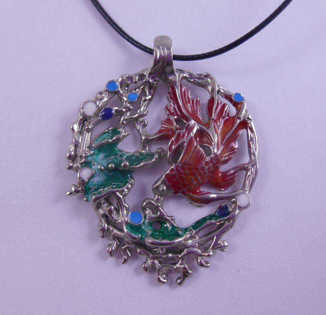 Кулон Золотая рыбка из латунь и покрытие под серебро (красный хвост)