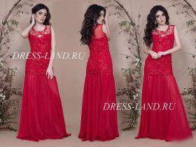 Красное облегающее вечернее платье