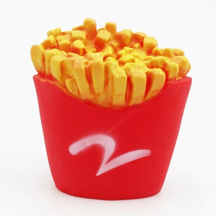 Виниловая игрушка-пищалка для собак Картошка Фри, 8х8х4 см