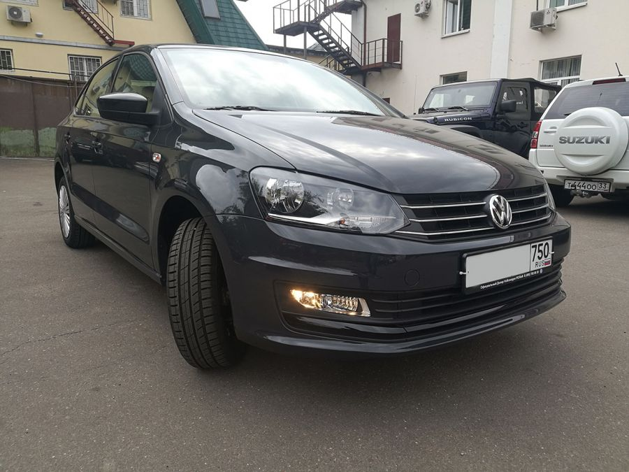 Volkswagen Polo 2019 г. Автомат (серый)