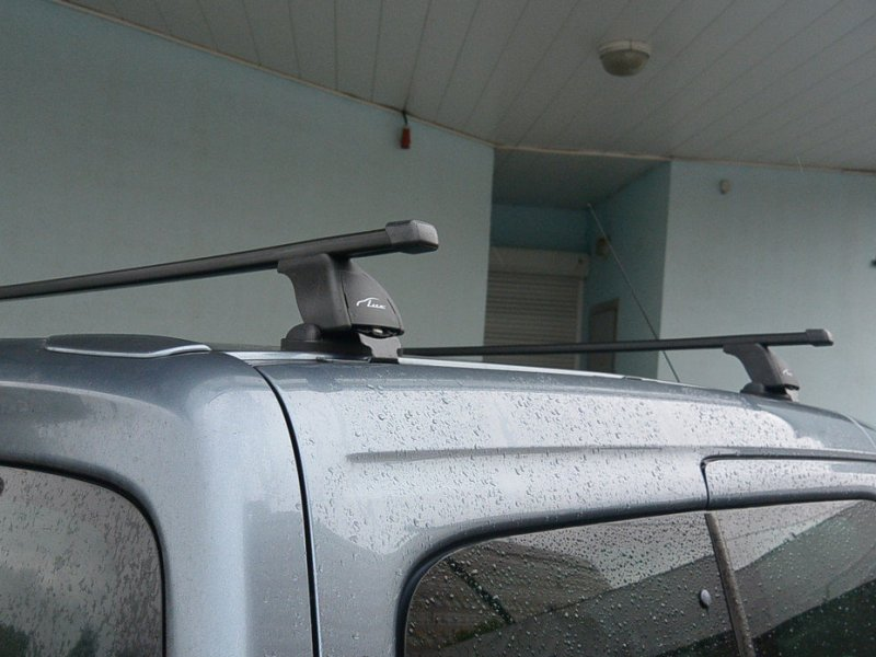 Багажник на крышу Peugeot Partner 1997-2008, Lux, прямоугольные стальные дуги