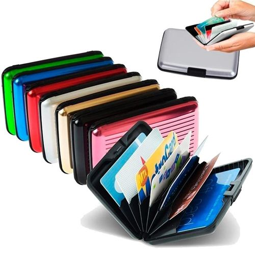 Бокс для кредитных карт Alluma Wallet (Security Credit Card Wallet): цвет – фиолетовый.