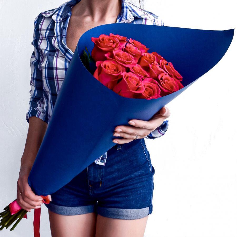 15 красных роз (60см) ЭКВАДОР