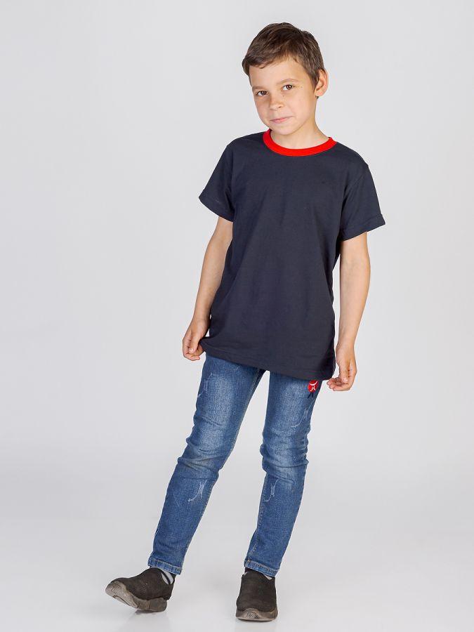 футболка детская без принта Черная с красным