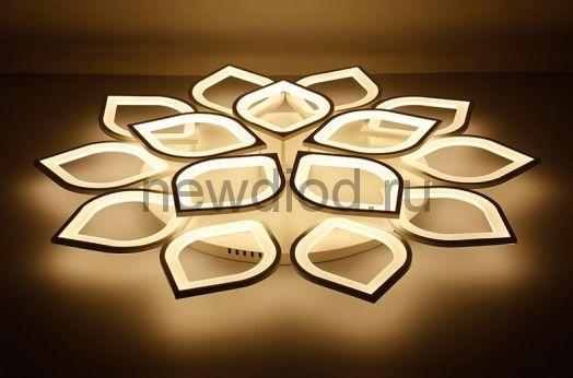 Управляемый светодиодный светильник Astra 8042 15 лепестков 260Вт-15600Лм 1000мм 6/3/4000K Oreol