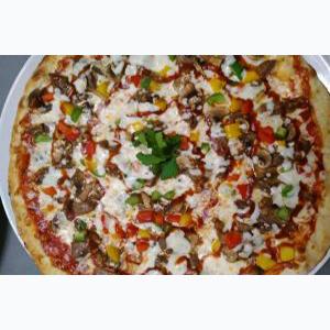 Пицца Тоскана с колбасками говяжьими