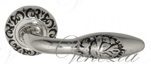Дверная ручка Venezia Casanova D4 натуральное серебро + черный