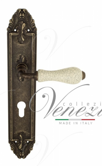 "Дверная ручка Venezia ""COLOSSEO"" белая керамика паутинка CYL на планке PL90 античная бронза"