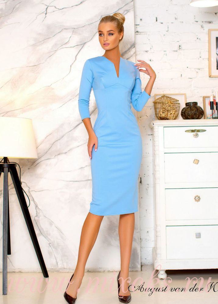 Платье футляр голубое с рукавами