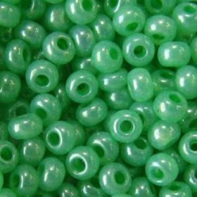 Бисер чешский 17356 зеленый алебастровый Preciosa 1 сорт