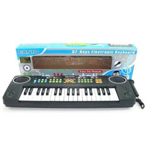Пианино с микрофоном на батарейках