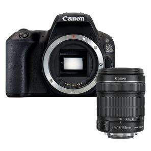 Canon EOS 200D Kit 18-135mm f/3.5-5.6 IS USM
