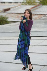 Роскошная вязаная шотландская шаль (оверсайз шарф) с кистями (100% овечья шерсть), тартан клана Бэрд- Голова Грифона Baird Hand knotted Fringed, высокая плотность 8