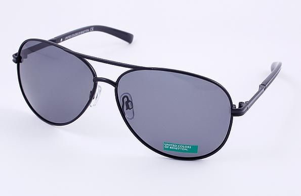 United Colors of Benetton (Бенеттон) Солнцезащитные очки BE 818 R4