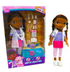 Кукла Доктор Плюшева с музыкой и аксессуарами, 35 см.