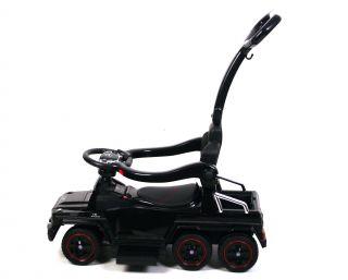 Детская машина-толокар River Toys Mercedes-Benz A010AA-M