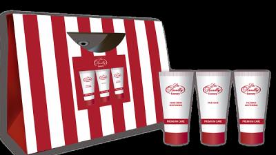 Liss Kroully Luxury Парфюмерно-косметический подарочный набор ST-1902 Крем для рук увлажняющий 50 мл + Маска для лица увлажняющая 50 мл + Скраб для лица 50 мл