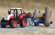 Игрушка металлическая Трактор с прицепом дерево масштаб 1:72