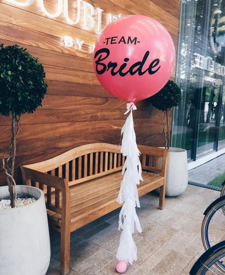 Шар Команда Невесты метровый латексный с гелием