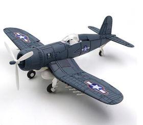 Сборная модель палубного истребителя Чанс-Воут F4U Корсар Corsair 1:48 серый