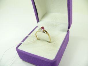 613/3 Кольцо с бриллиантами и рубином