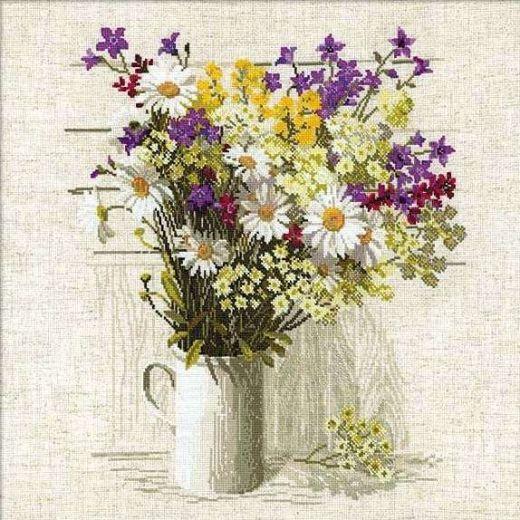Набор для вышивания крестом Полевые цветы №924 фирма Риолис