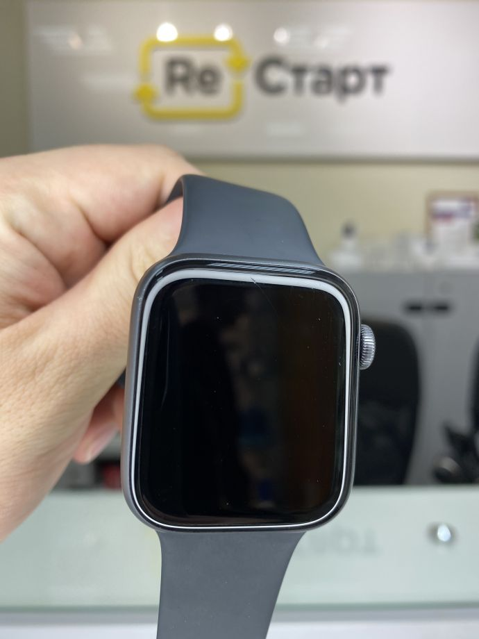 Apple Watch series 4 44 Space Gray