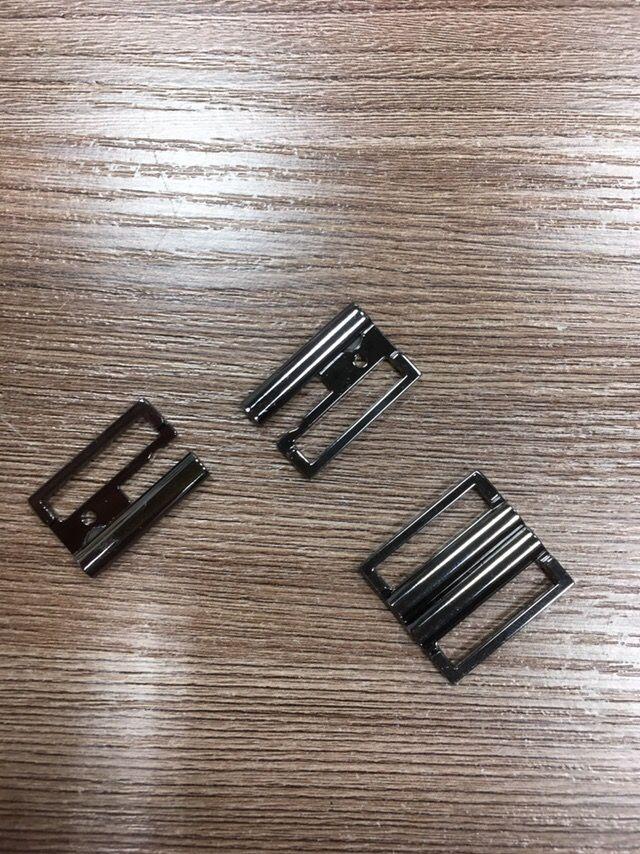 Темный никель Пряжка металл под резинку 20мм