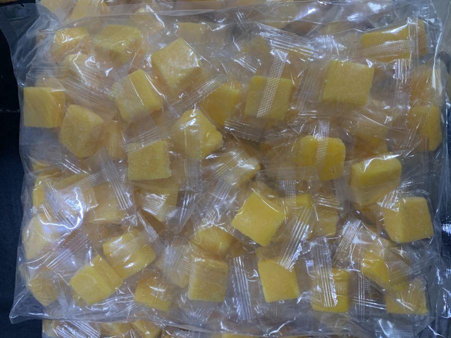Манго кубики уп 1 кг  (Тайланд )