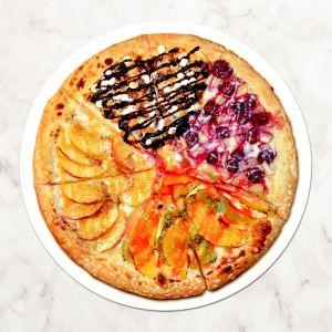 Сладкая пицца Радуга