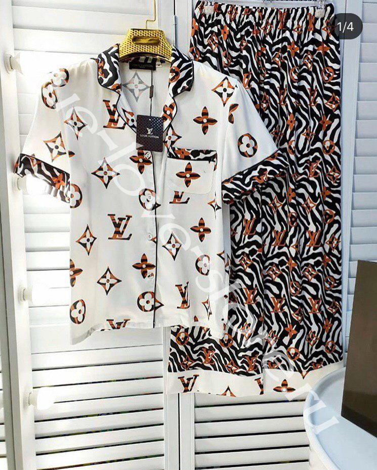 P1005 -  пижама Louis Vuitton