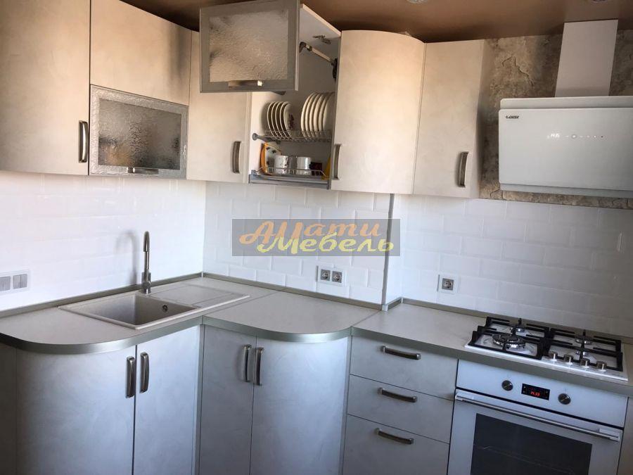 Кухонный гарнитур1
