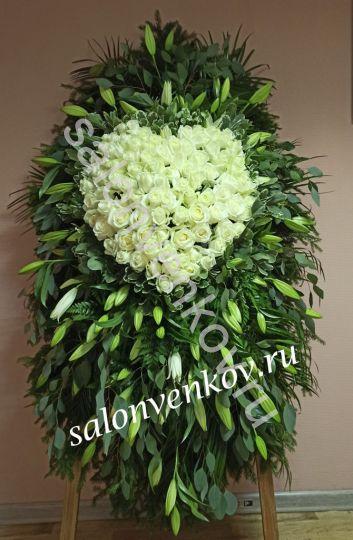 Элитный траурный венок из живых цветов №121, РАЗМЕР 100см,120см,140см,170см