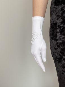 Свадебные перчатки с бисером