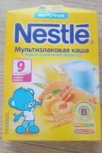 Каша Нестле Мультизлаковая мед/абрикос молочная 220 гр