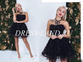 Черне коктейльное платье с пышной юбкой