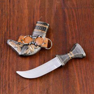 Сувенирный нож, ножны с оковками узорными, рукоять с поясом 15 см (8,5 см лезвие )1623473