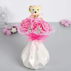 Букет с мишкой «От всего сердца», 7 цветков, цвет розовый