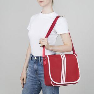 Сумка молодёжная, отдел на молнии, наружный карман, регулируемый ремень, цвет красный