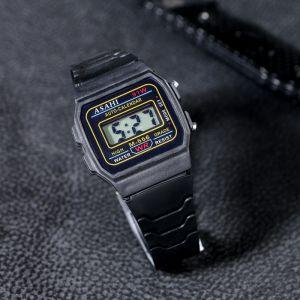 Часы наручные детские электронные, с силиконовым ремешком, черные, 22 см (3,5*2,7см) 1379693