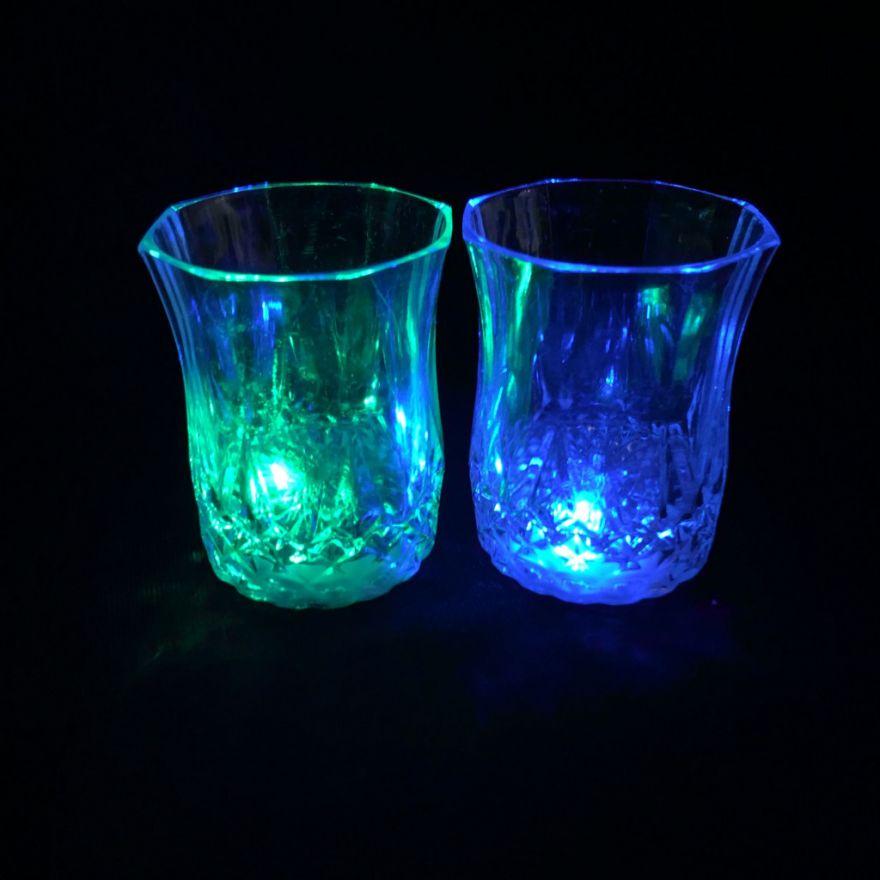 Мерцающая рюмка Light-up Liquid Activated Glass, 70 мл (6 рюмок)