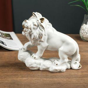 "Сувенир керамика ""Лев на скале"" белый с золотом 21х10х24,5 см   4641585"