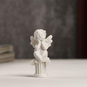"""Сувенир полистоун """"Белоснежный ангелочек на колонне"""" 5,5х2,4х2,6 см   4053226"""