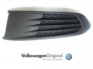 Заглушка ПТФ VAG правая для Volkswagen Polo Sedan