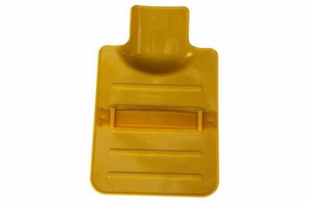 Досочка из термостойкого пластика с подхватом для руки MIE