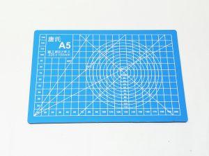 `Коврик для резки, мат непрорезаемый, цвет голубой размер A5 22*15 см, толщина 3 мм