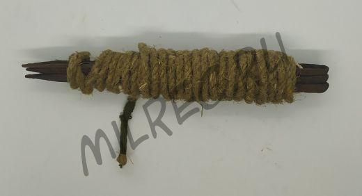 Набор оригинальных стальных колышков (3 шт.) с веревкой
