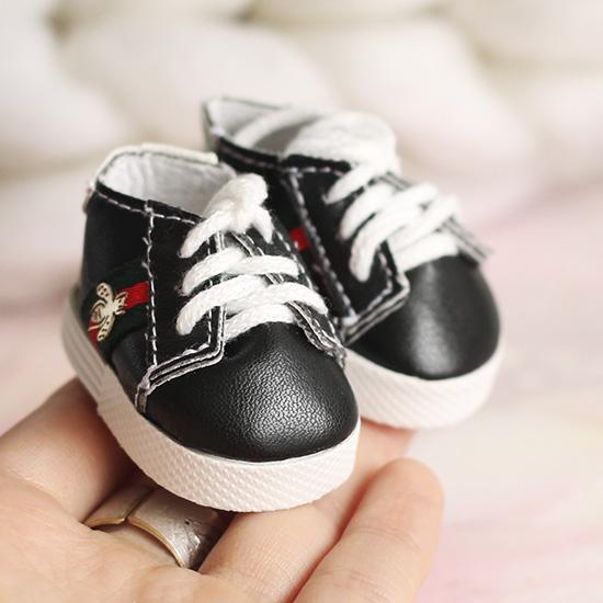 Обувь для кукол 5 см - кроссовки красно-зеленые