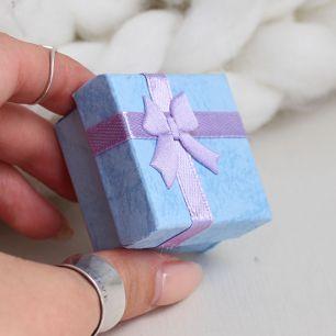 Коробочка для куклы квадратная голубая, 4 см