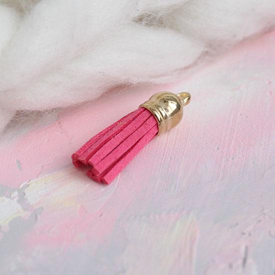 Кисточка декоративная ярко-розовая с золотым наконечником 4 см
